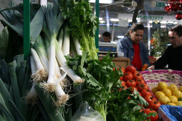 Belanjalah-di-Pasar-atau-Supermarket-Grosir